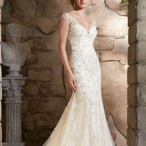 Mori Lee Wedding Gown. 2788